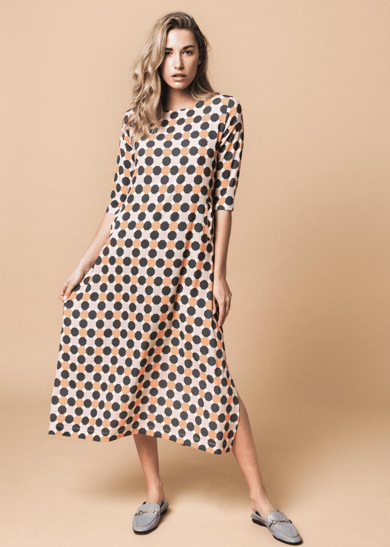 vestido-largo-punto-seda-estampado-geometrico-naranja-parole-italy-lopezientos
