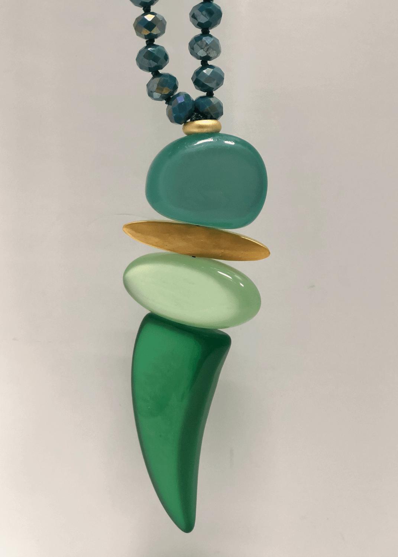 collar-cristal-checo-verde-oro-lopezientos