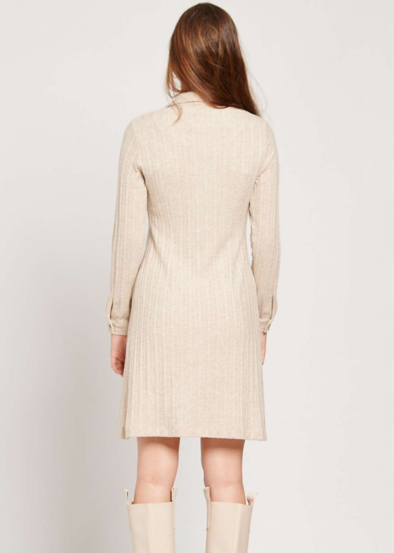 vestido-corto-camisero-otono-invierno-beige-punto-batopeto-lopezientos